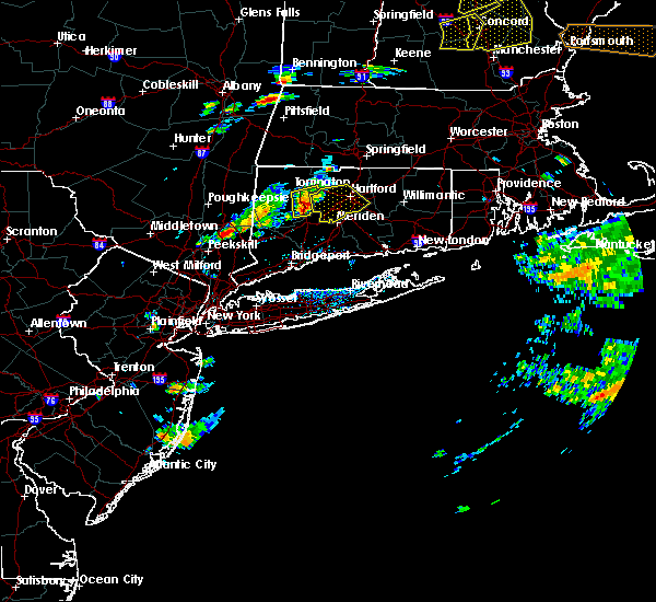 Radar Image for Severe Thunderstorms near Waterbury, CT at 7/28/2018 4:55 PM EDT