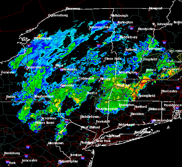 Radar Image for Severe Thunderstorms near Pittsfield, MA at 8/3/2018 5:43 PM EDT
