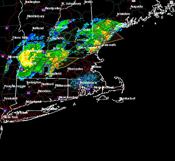 Radar Image for Severe Thunderstorms near Nashua, NH at 8/3/2018 6:30 PM EDT