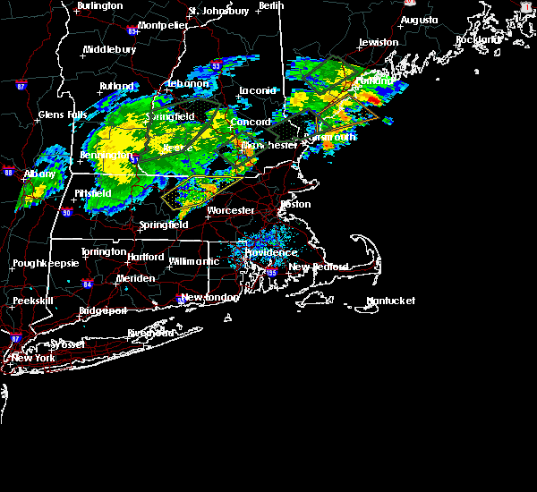 Radar Image for Severe Thunderstorms near Nashua, NH at 8/3/2018 7:14 PM EDT