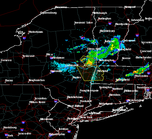 Radar Image for Severe Thunderstorms near Housatonic, MA at 8/4/2018 6:39 PM EDT