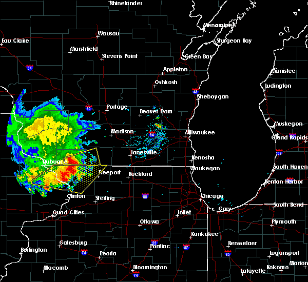 Radar Image for Severe Thunderstorms near Darlington, WI at 8/5/2018 7:05 PM CDT
