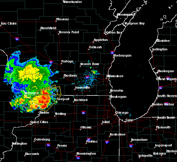 Radar Image for Severe Thunderstorms near Juda, WI at 8/5/2018 7:15 PM CDT