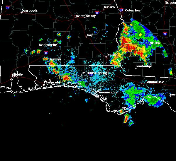 Radar Image for Severe Thunderstorms near Crestview, FL at 8/6/2018 7:22 PM CDT