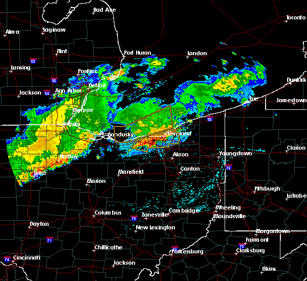 Radar Image for Severe Thunderstorms near Oberlin, OH at 8/6/2018 11:39 PM EDT