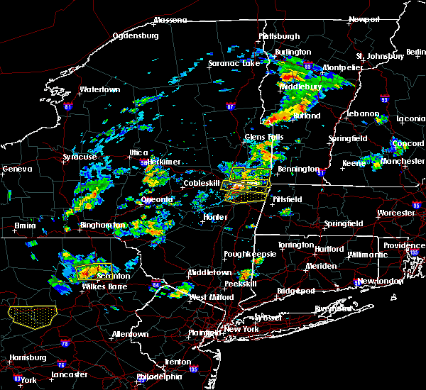Radar Image for Severe Thunderstorms near Rensselaer, NY at 8/7/2018 3:04 PM EDT