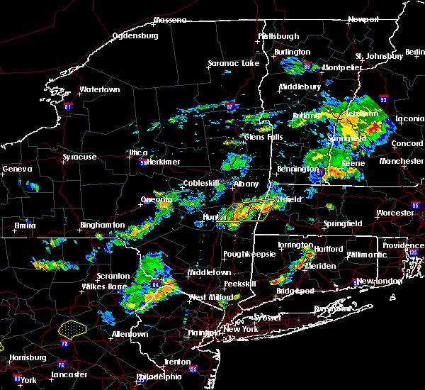 Radar Image for Severe Thunderstorms near Pittsfield, MA at 8/7/2018 5:05 PM EDT