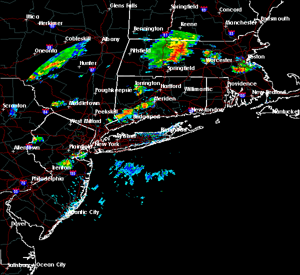 Radar Image for Severe Thunderstorms near Cheshire Village, CT at 8/8/2018 6:05 PM EDT