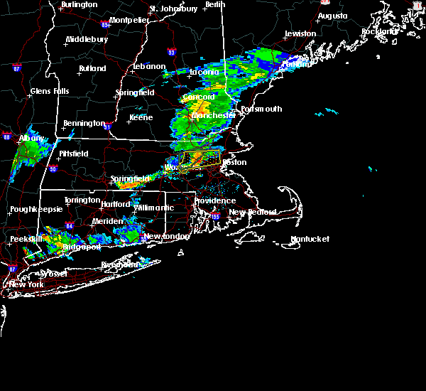 Radar Image for Severe Thunderstorms near Melrose, MA at 8/8/2018 8:04 PM EDT