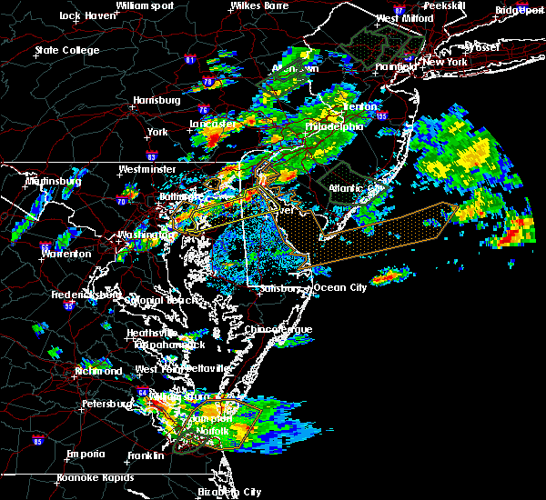 Radar Image for Severe Thunderstorms near Dover, DE at 8/11/2018 6:11 PM EDT