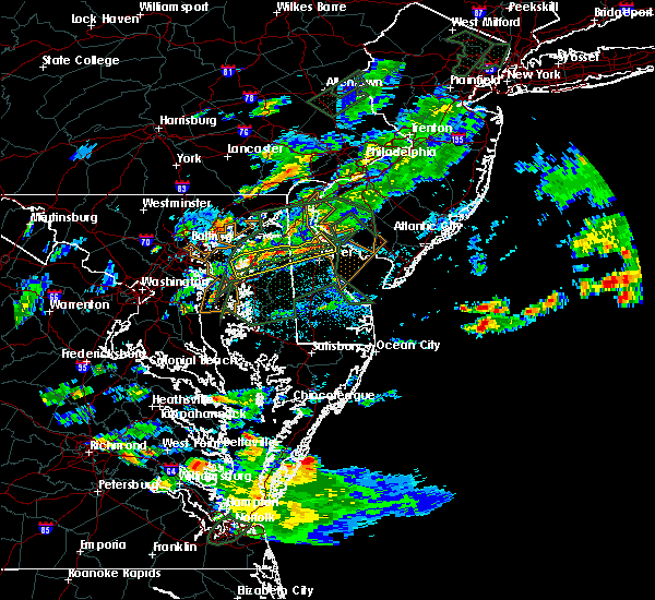Radar Image for Severe Thunderstorms near Dover, DE at 8/11/2018 6:49 PM EDT