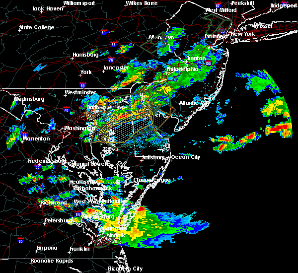 Radar Image for Severe Thunderstorms near Dover, DE at 8/11/2018 6:58 PM EDT