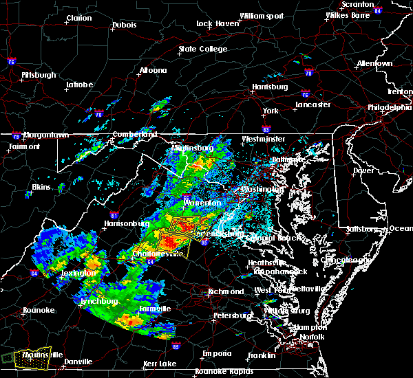 Radar Image for Severe Thunderstorms near Southern Gateway, VA at 8/12/2018 3:18 PM EDT