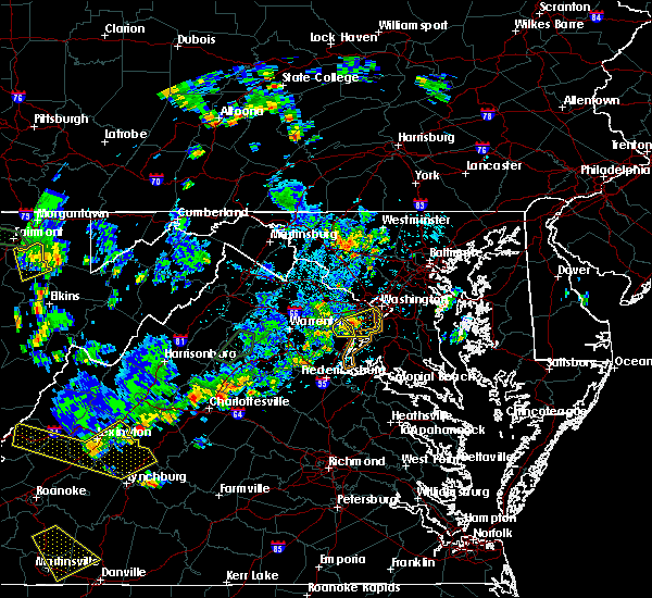 Radar Image for Severe Thunderstorms near Crosspointe, VA at 8/13/2018 4:21 PM EDT