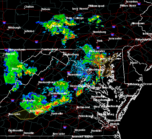 Radar Image for Severe Thunderstorms near Parkville, MD at 8/13/2018 5:55 PM EDT