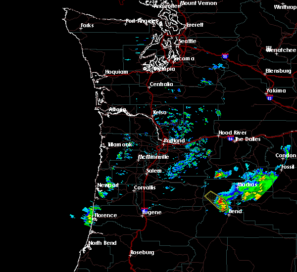 Radar Image for Severe Thunderstorms near Eagle Crest, OR at 8/16/2018 6:19 PM PDT