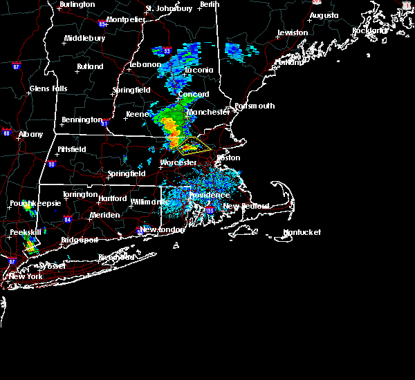 Radar Image for Severe Thunderstorms near Lowell, MA at 8/17/2018 3:49 PM EDT