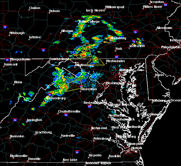 Radar Image for Severe Thunderstorms near Marshall, VA at 8/17/2018 4:45 PM EDT