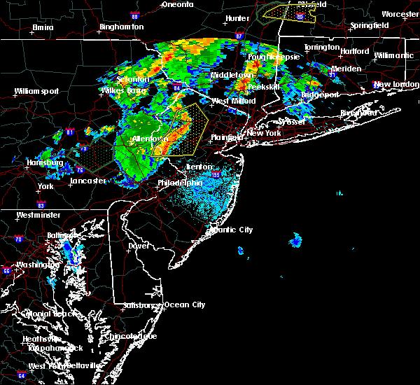 Radar Image for Severe Thunderstorms near Dover, NJ at 8/17/2018 8:38 PM EDT