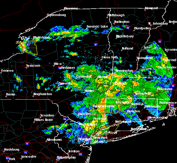 Radar Image for Severe Thunderstorms near Canaan, CT at 8/17/2018 10:21 PM EDT