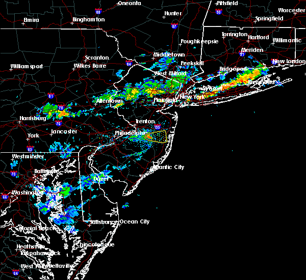 Radar Image for Severe Thunderstorms near Silver Ridge, NJ at 8/18/2018 6:20 PM EDT