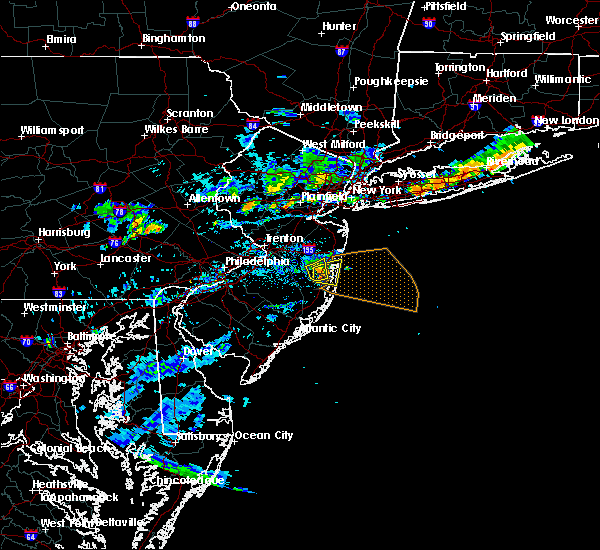 Radar Image for Severe Thunderstorms near Silver Ridge, NJ at 8/18/2018 6:48 PM EDT