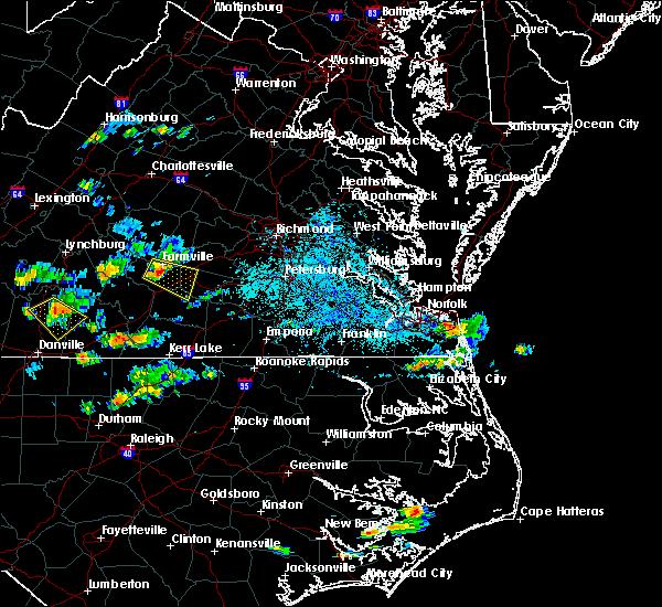 Radar Image for Severe Thunderstorms near Farmville, VA at 8/19/2018 5:14 PM EDT