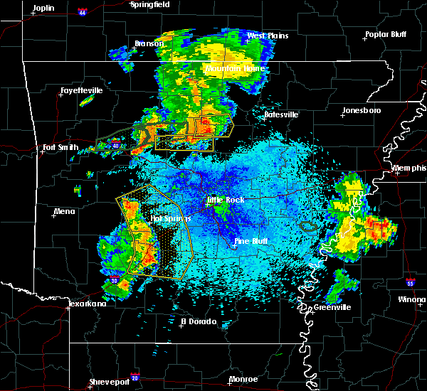 Radar Image for Severe Thunderstorms near Gurdon, AR at 8/19/2018 8:51 PM CDT