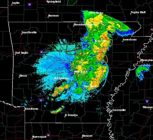 Radar Image for Severe Thunderstorms near Bradford, AR at 8/19/2018 11:34 PM CDT