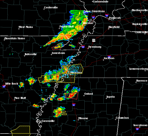 Radar Image for Severe Thunderstorms near West Memphis, AR at 8/20/2018 5:45 PM CDT