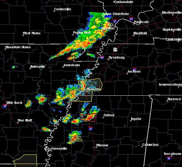 Radar Image for Severe Thunderstorms near Paragould, AR at 8/20/2018 5:47 PM CDT