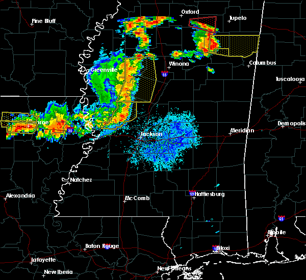 Radar Image for Severe Thunderstorms near Greenwood, MS at 8/20/2018 7:49 PM CDT