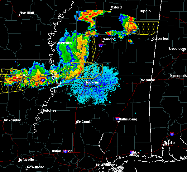 Radar Image for Severe Thunderstorms near Eden, MS at 8/20/2018 8:01 PM CDT