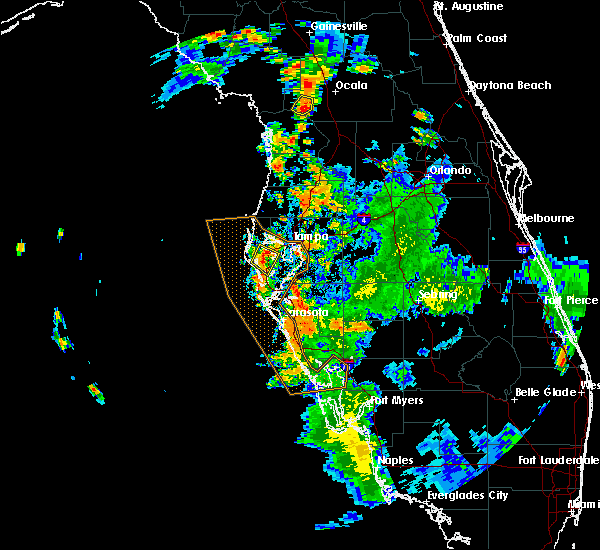 Radar Image for Severe Thunderstorms near Madeira Beach, FL at 8/25/2018 5:30 PM EDT