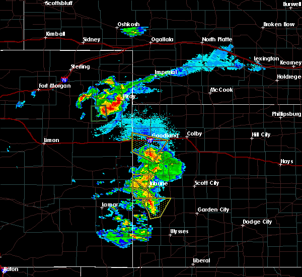Radar Image for Severe Thunderstorms near Horace, KS at 8/25/2018 8:09 PM MDT