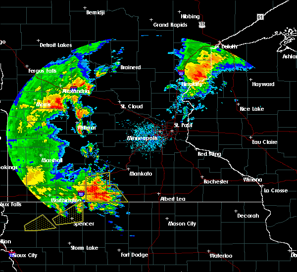 Radar Image for Severe Thunderstorms near Blue Earth, MN at 8/27/2018 3:38 PM CDT