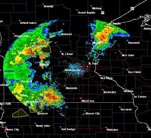 Radar Image for Severe Thunderstorms near West Union, MN at 8/27/2018 3:42 PM CDT