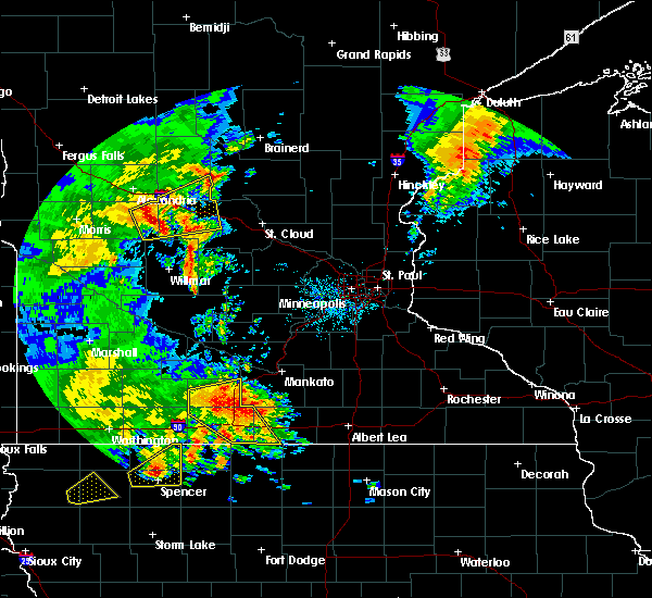 Radar Image for Severe Thunderstorms near West Union, MN at 8/27/2018 3:50 PM CDT