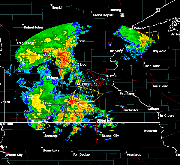 Radar Image for Severe Thunderstorms near Good Thunder, MN at 8/27/2018 4:25 PM CDT