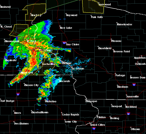 Radar Image for Severe Thunderstorms near Fountain, MN at 8/27/2018 5:45 PM CDT