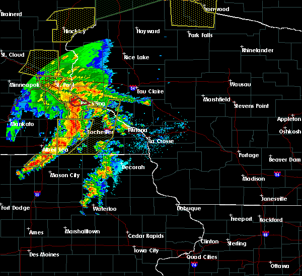Radar Image for Severe Thunderstorms near Elgin, MN at 8/27/2018 5:45 PM CDT