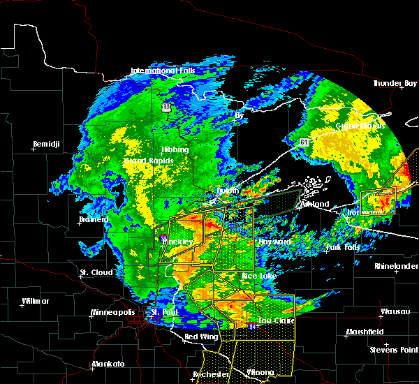 Radar Image for Severe Thunderstorms near Danbury, WI at 8/27/2018 6:38 PM CDT