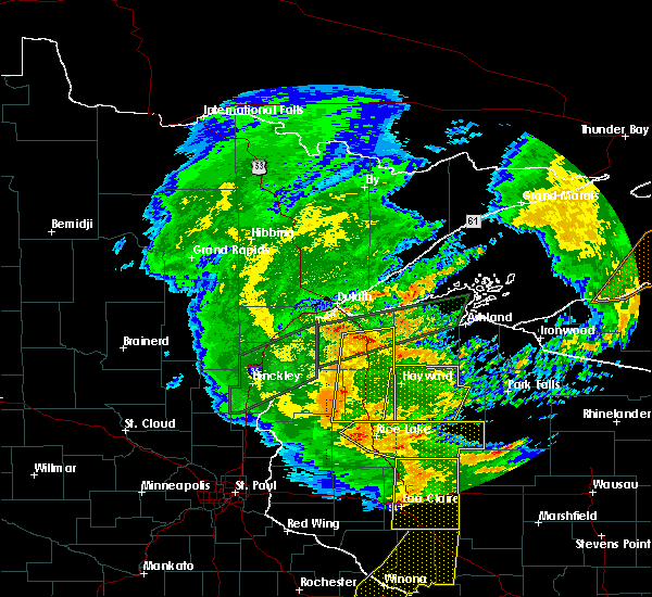 Radar Image for Severe Thunderstorms near Spooner, WI at 8/27/2018 7:06 PM CDT