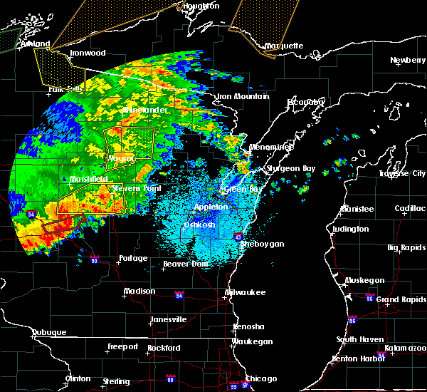 Radar Image for Severe Thunderstorms near Wisconsin Rapids, WI at 8/27/2018 8:47 PM CDT