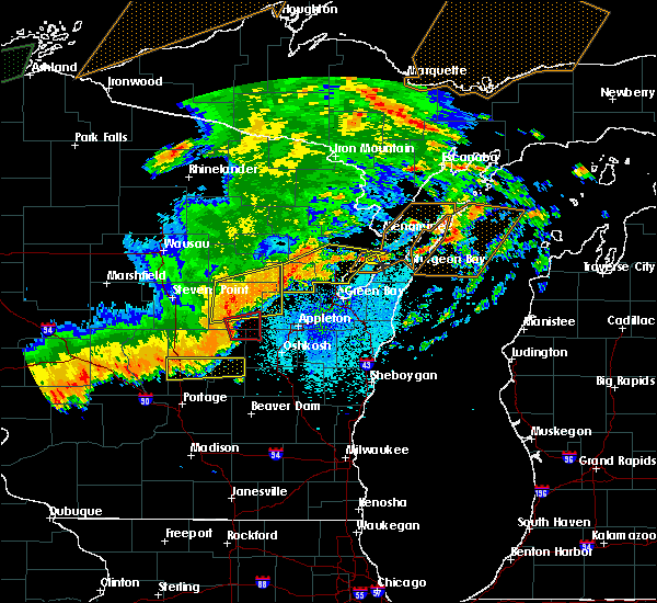 Radar Image for Severe Thunderstorms near Abrams, WI at 8/27/2018 9:52 PM CDT