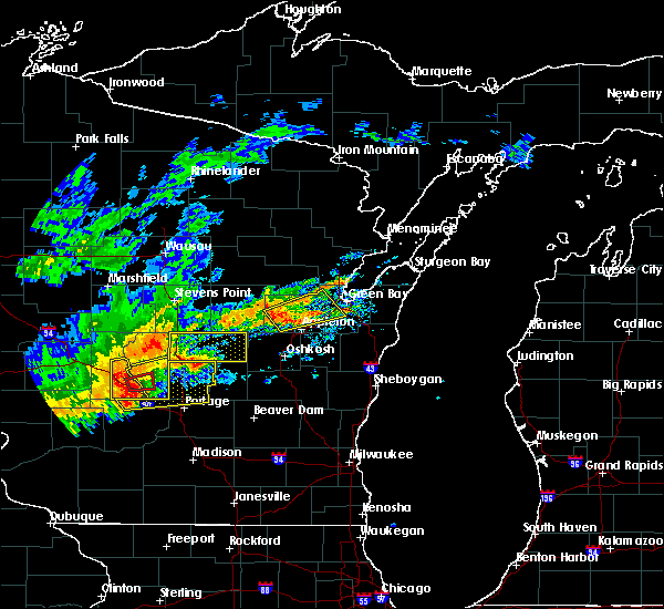 Radar Image for Severe Thunderstorms near Hancock, WI at 8/28/2018 2:39 PM CDT