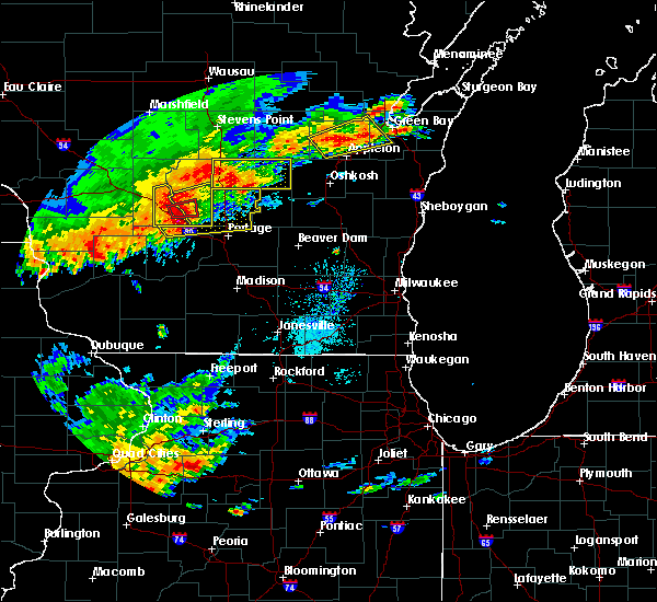 Radar Image for Severe Thunderstorms near Endeavor, WI at 8/28/2018 2:39 PM CDT