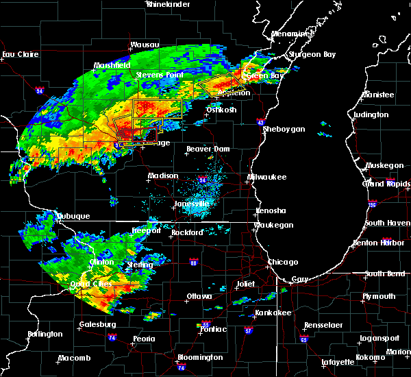 Radar Image for Severe Thunderstorms near Endeavor, WI at 8/28/2018 2:54 PM CDT