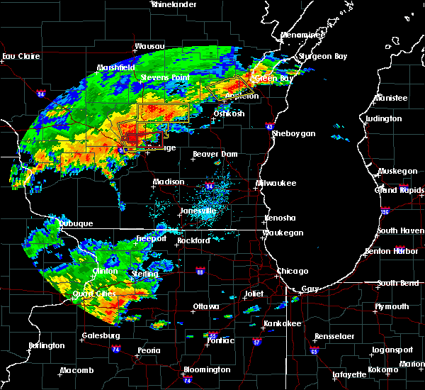 Radar Image for Severe Thunderstorms near Endeavor, WI at 8/28/2018 2:57 PM CDT