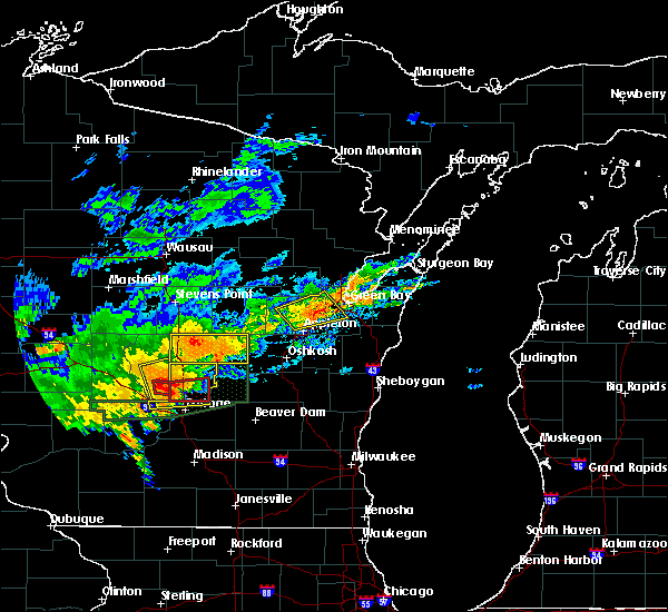 Radar Image for Severe Thunderstorms near Hancock, WI at 8/28/2018 3:07 PM CDT